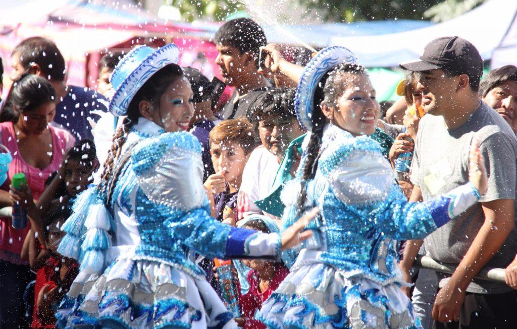 Carnaval Comunidad Boliviana en Ugarteche