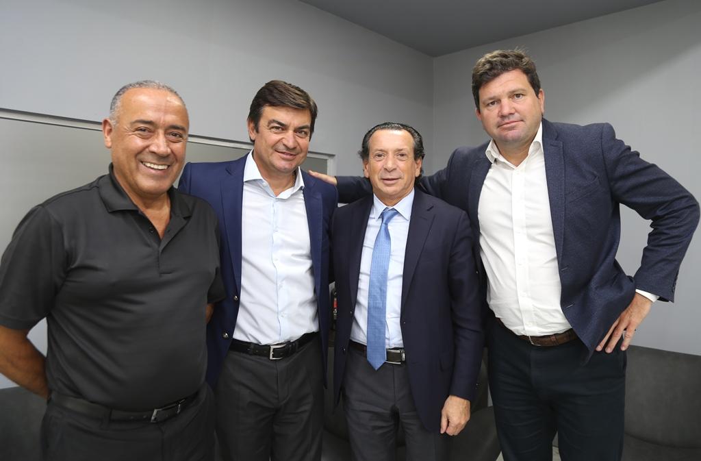 De Marchi logró sentar al gremio petrolero más fuerte con el Ministro Sica
