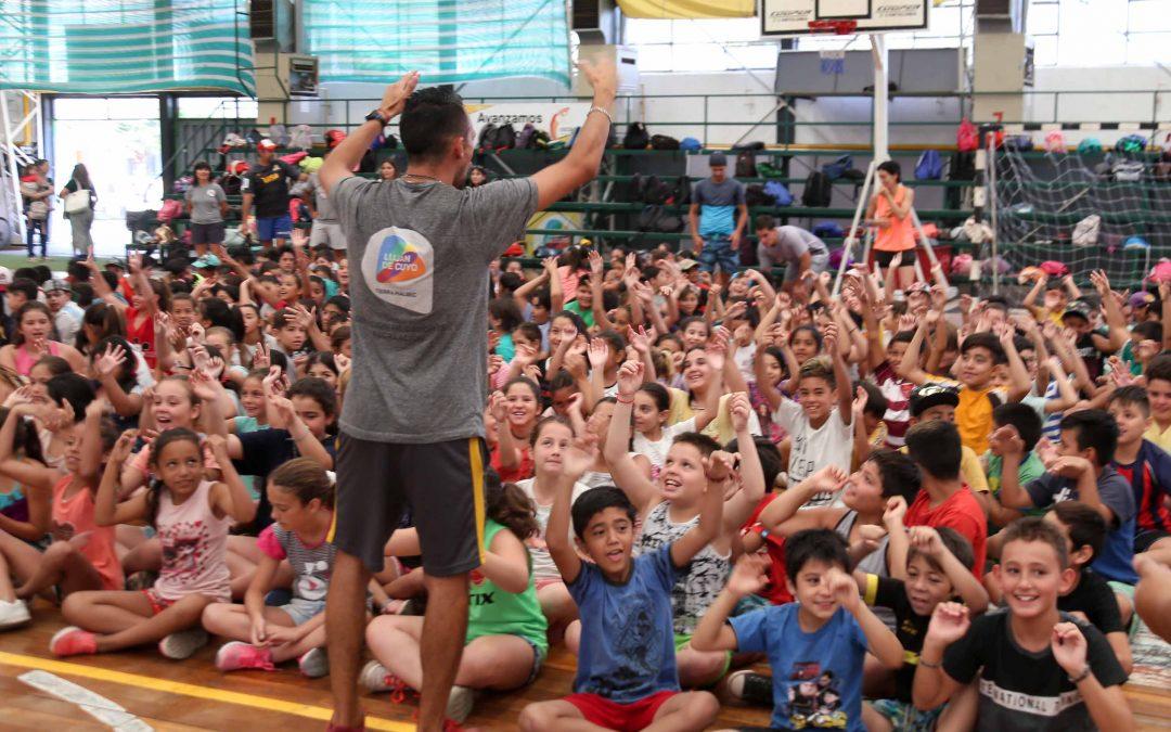 Omar De Marchi inauguró la Escuela de Verano