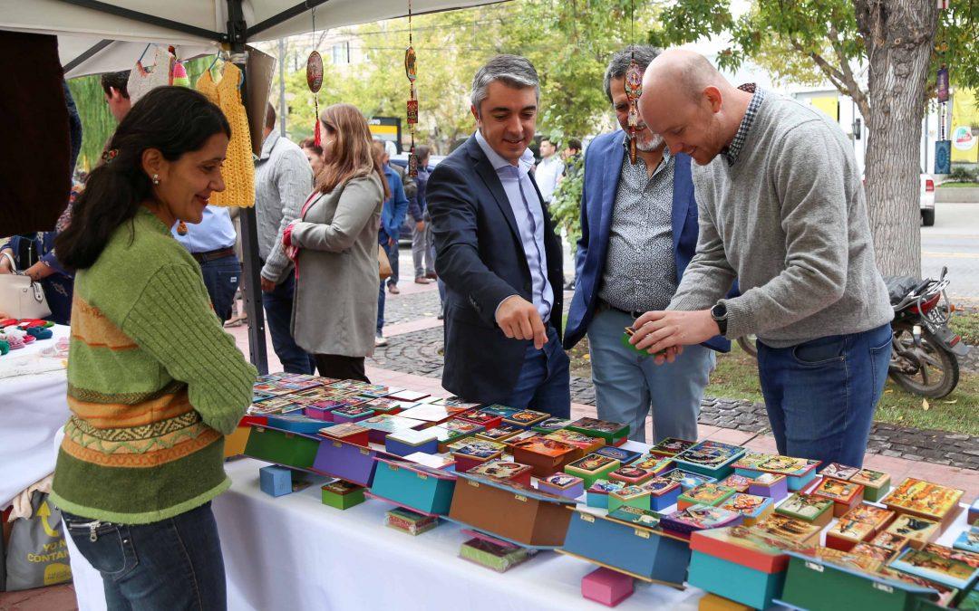 La Municipalidad entregó subsidios a emprendedores y artesanos del departamento