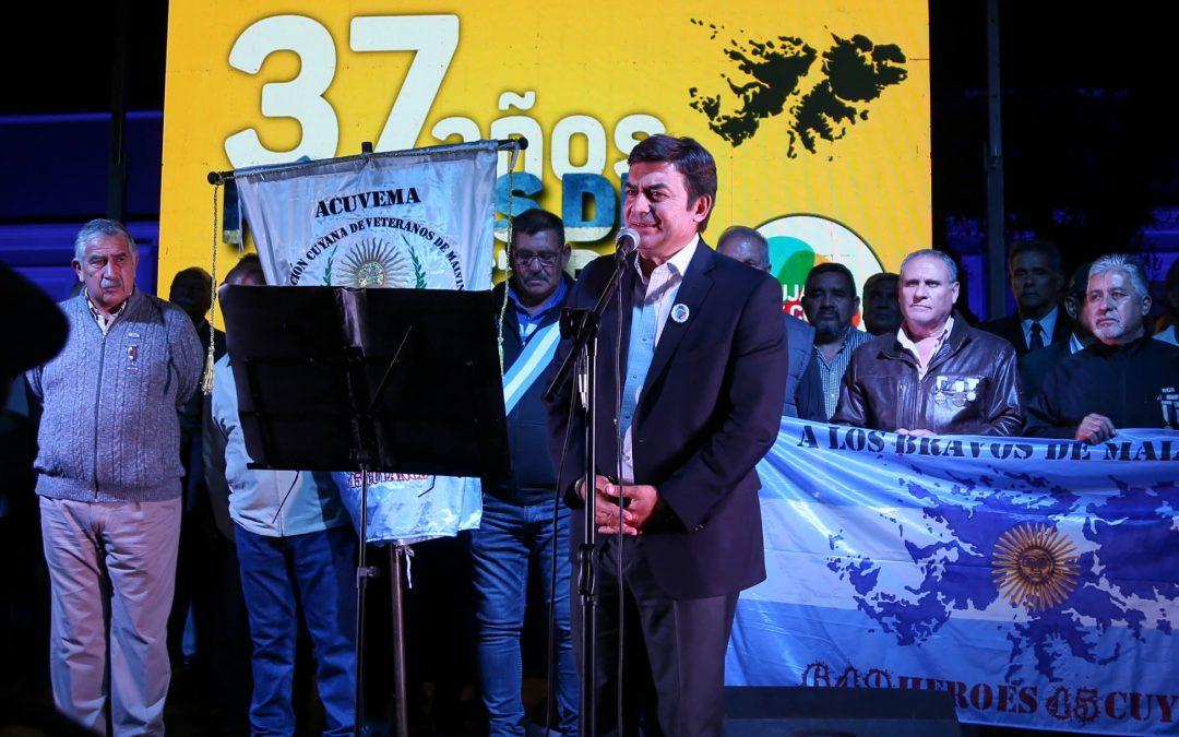 Emotivos actos por el Aniversario de Malvinas en Luján de Cuyo