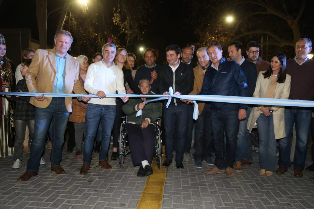De Marchi inauguró la Nueva Avenida San Martín de Carrodilla