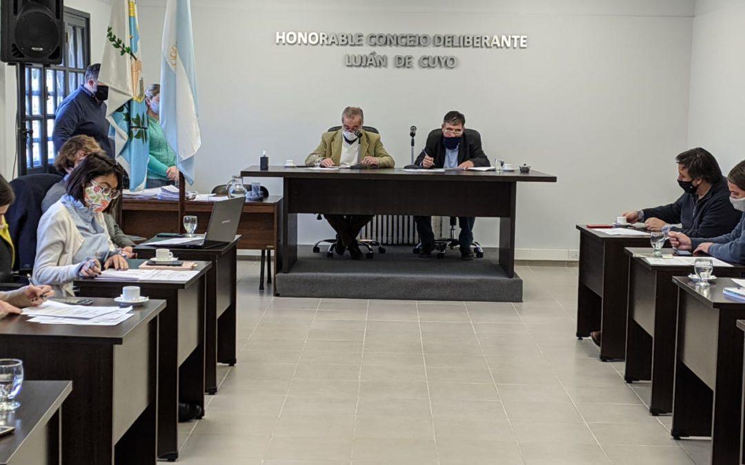 El HCD aprueba la difusión de la Campaña de Donación de Plasma y la Instalación de semáforos y reductores de velocidad en Luján de Cuyo