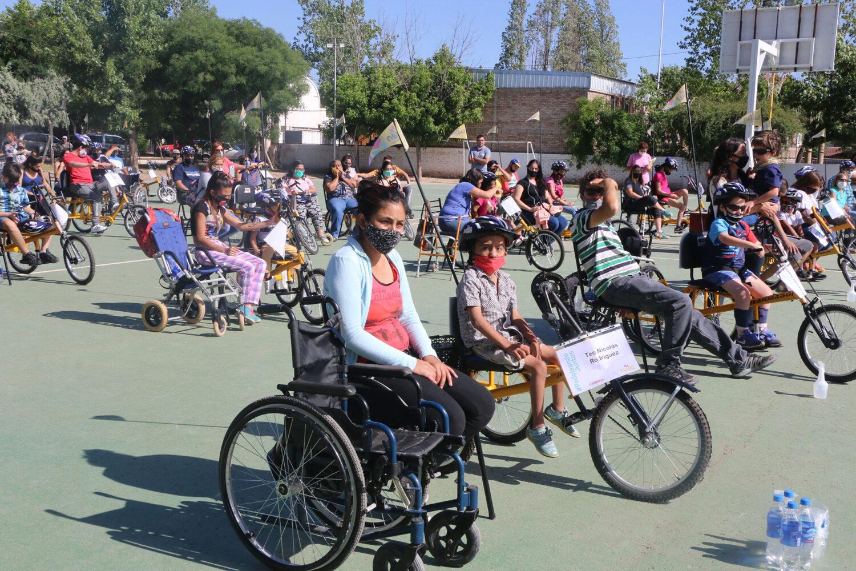 """Luján de Cuyo entregó las primeras bicicletas del programa """"Pedaleando Juntos"""""""