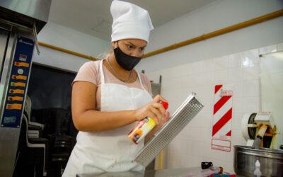 Exitoso taller de Panadería Navideña en Luján de Cuyo