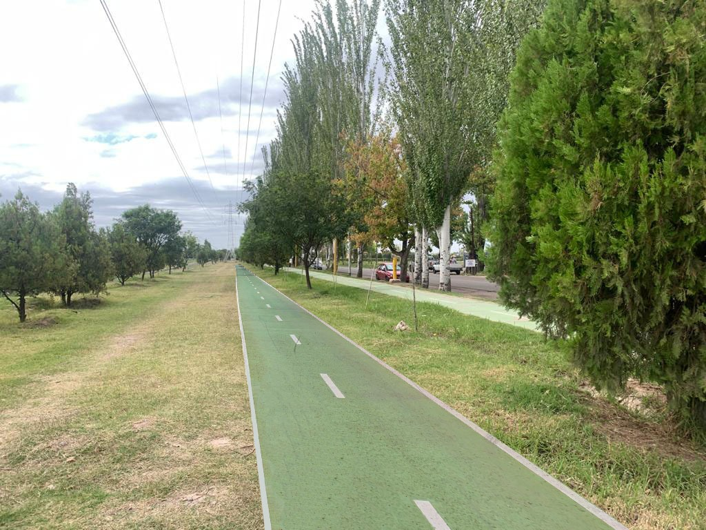 Parque Lineal Calle Chile